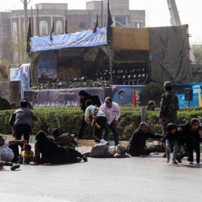 FOTOS | Hombres armados vestidos como soldados desatan matanza durante un desfile militar en Irán