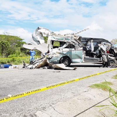 Mueren dos pasajeros en accidente carretero ocurrido en Chiapas