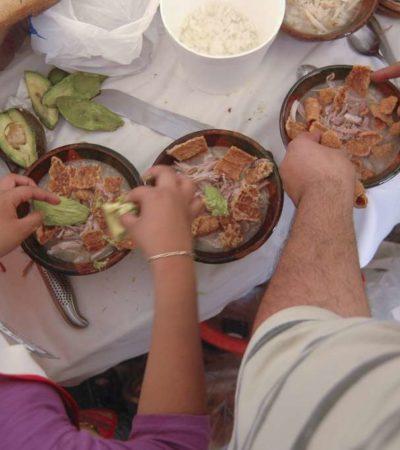 A FESTEJAR LAS FIESTAS PATRIAS: Comer pozole es saludable, según el IMSS… pero sin tostadas, chicharrones o gorditas