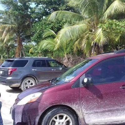 Bloquean vecinos salida de Punta Allen