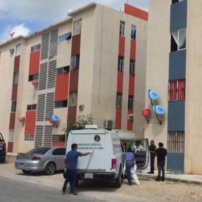 Hallan cuerpo putrefacto en departamento de la Región 107 de Cancún