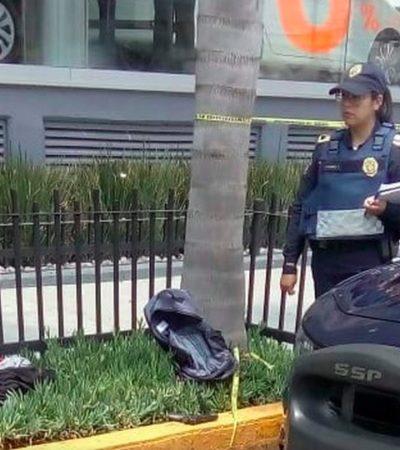 Frustra policía su propio asalto en la CDMX luego de retirar 65 mil pesos en una sucursal bancaria