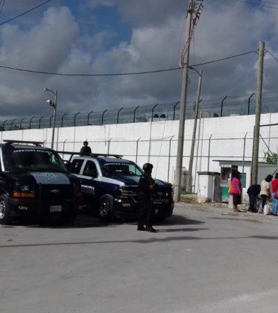 PROTESTAN CUSTODIOS Y CELADORAS EN CANCÚN: Paro de labores en la cárcel por constantes amenazas provoca fuerte movilización policiaca
