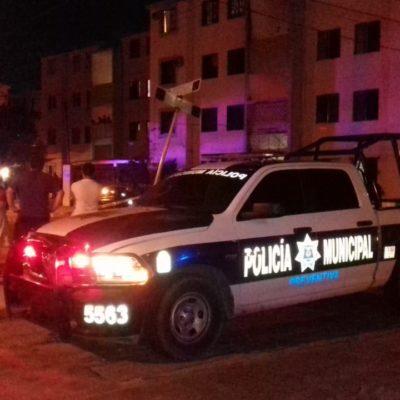 Muere un hombre al caer de un edificio del fraccionamiento Infonavit en la Región 96 de Cancún; se investiga si fue accidental o provocada