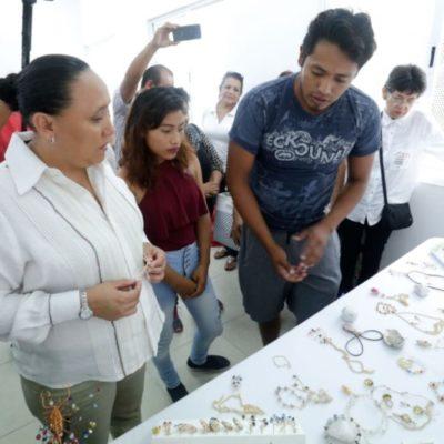 Arrancan talleres y cursos en centros comunitarios para beneficio de más de 3 mil personas en Playa del Carmen