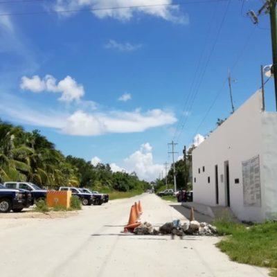 Ante posible motín en cárcel de Playa del Carmen, policías estatales y municipales resguardan la zona
