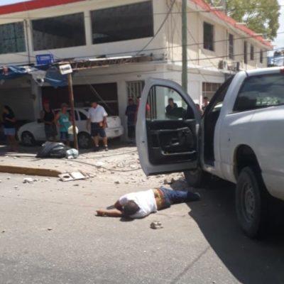 ACTUALIZACIÓN | NO FUE ACCIDENTE SINO ASESINATO: La muerte de un chofer al chocar camioneta contra un poste en la SM 23 de Cancún fue producto de un balazo; detienen a dos sospechosos