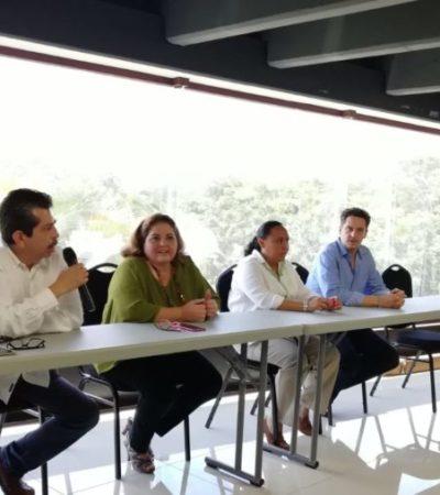 Autoridades implementarán el uso de una barcaza para la recolección de sargazo; ante hoteleros de la Riviera Maya, piden paciencia y se comprometen con resultados