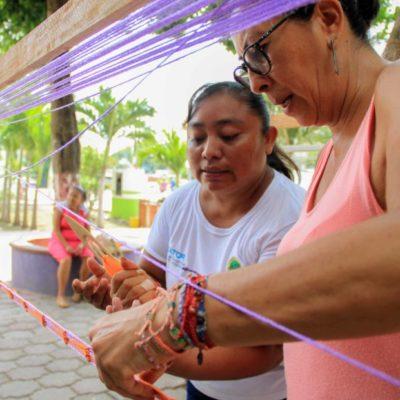 """Ofrecen curso de capacitación en urdido de hamacas a los abuelitos de la Casa del Adulto Mayor """"Nohoch Uinic"""" en Puerto Morelos"""