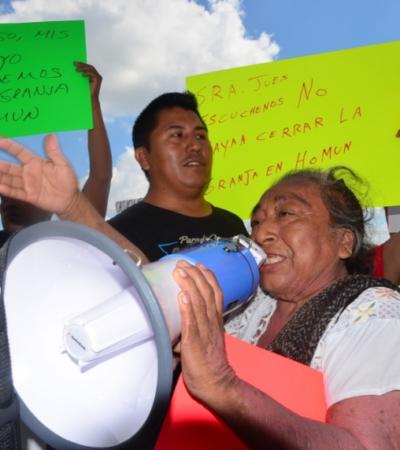 Surge grupo que apoya a mega granja porcícola en Homún; se manifiesta frente al Congreso de Yucatán