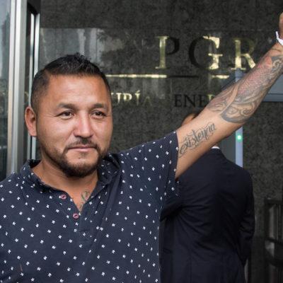 Azuza 'clasismo' la iniciativa de El Mijis para dar seguridad social a reos; corran a asaltar un Oxxo, dicen