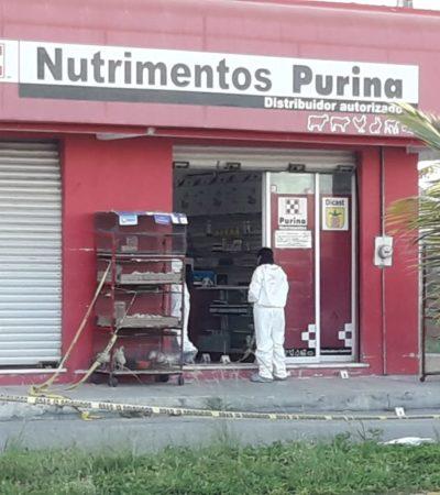 Ejecutan a hombre en local de venta de comida para mascotas en Cozumel; lo señalan como ex empleado de Roberto Borge