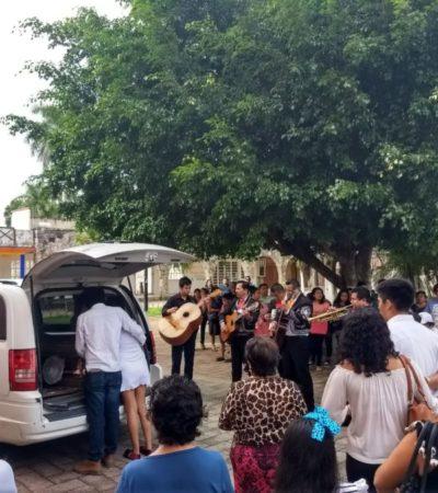 Despiden con Mariachi a reconocido taxista de la Zona Maya