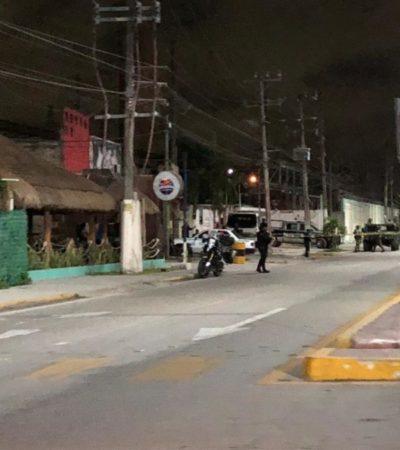 Matan a ex policía afuera de un bar en Playa del Carmen