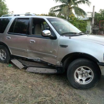Conductor provoca choque e intenta huir en Chetumal
