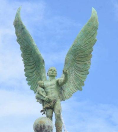 Convocan a campechanos a 'bautizar' 'escultura maya' colocada en el malecón de la ciudad capital