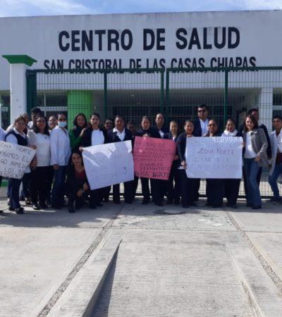 Suman cuarto día de paro trabajadores de la salud en Chiapas por adeudo de prestaciones por 883 mdp