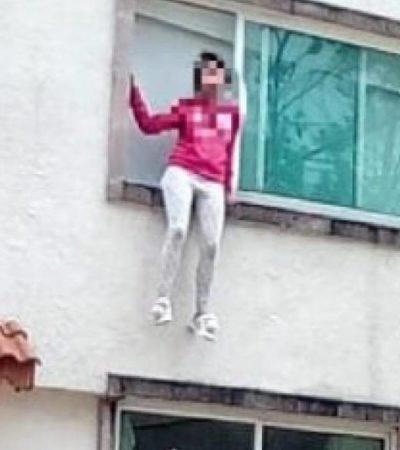 Amenaza a su madre con suicidarse lanzándose desde un primer piso; la critican en redes