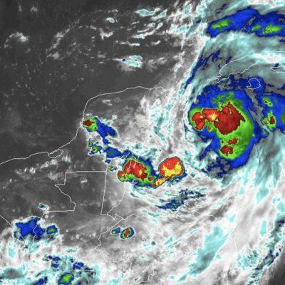 'MICHAEL' SE SIGUE FORTALECIENDO: Tormenta tropical podría convertirse en huracán categoría 1 en el Canal de Yucatán