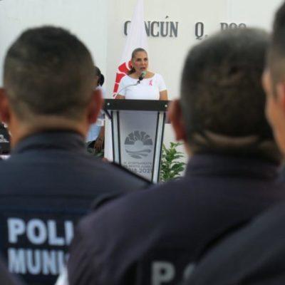 """""""Que no les digan que tienen que pagar una cuota"""", dice Mara Lezama a policías de Cancún"""