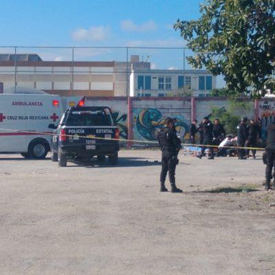ACTUALIZACIÓN: SE CONSUMA EJECUCIÓN POR EL ESTADIO CANCÚN 86: Balean a un hombre en la prolongación Tulum y muere en el hospital