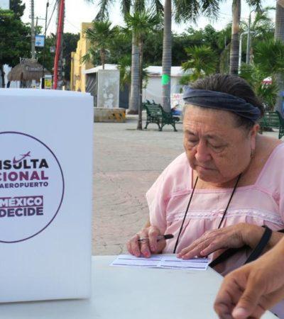 Con contratiempos en plazas comerciales de Cancún, el primer día de la Consulta Nacional sobre el Nuevo Aeropuerto Internacional de la Ciudad de México