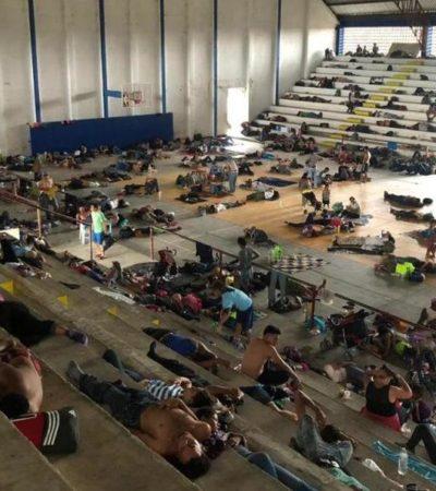 Segunda caravana migrante llega a Masatepec, Chiapas; les ofrecen albergue y alimentos