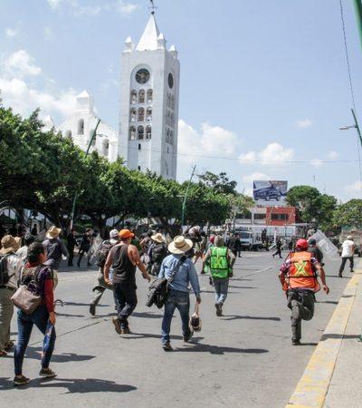 Marchan sindicatos y organizaciones sociales contra la represión en Chiapas