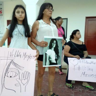 """""""HAY TANTA INDIFERENCIA, TANTA VIOLENCIA Y DOLOR"""": Protestan contra feminicidios y piden justicia para Bianca en Playa del Carmen"""