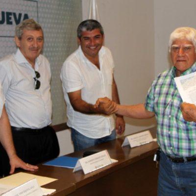 Avanza la entrega de contratos de compraventa a habitantes de la Fe y Tierra Nueva en Puerto Morelos