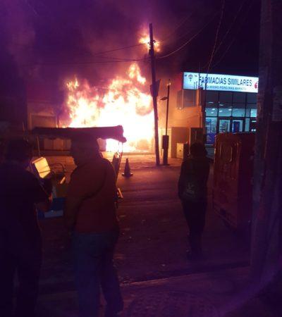 Se incendia tienda de conveniencia en Bonfil