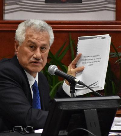 """Son las mujeres responsables de feminicidios porque """"se ponen en riesgo"""", dice el secretario de Seguridad Pública de Veracruz"""