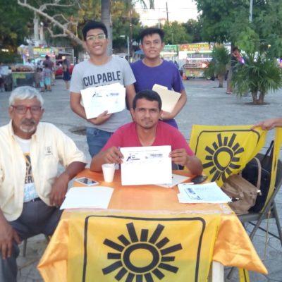Retoma el PRD luchas sociales; recaban firmas para exigir se reduzca el pago de impuestos y combustible