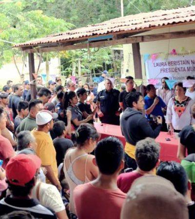 Se reúne Laura Beristaín con habitantes del asentamiento 'Las Torres' de Playa del Carmen