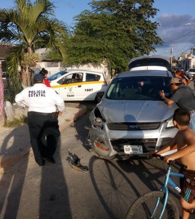 Taxista imprudente golpea unidad particular en Chetumal