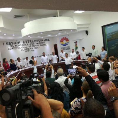 RATIFICAN A PÉREZ ABARCA EN SEGURIDAD PÚBLICA: Con un solo voto en contra, el cuestionado jefe de la policía de Cancún rinde protesta ante el Cabildo