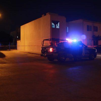 CIERRA EL SÁBADO CON UN EJECUTADO: Matan a balazos a un hombre en el fraccionamiento Prado Norte, en la Región 260 de Cancún