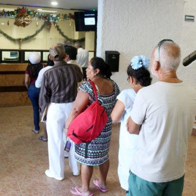 Aprovechan isleños los últimos días de descuento del 20% en el impuesto predial