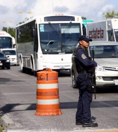 En operativos, levantan a 30 taxis por irregularidades en Cancún
