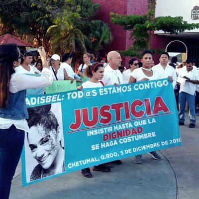 """""""¡BASTA DE PALABRAS, EXIGIMOS RESULTADOS!"""": Marchan en Chetumal para exigir justicia para Adisbel, la mujer salvajemente golpeada por su ex pareja"""