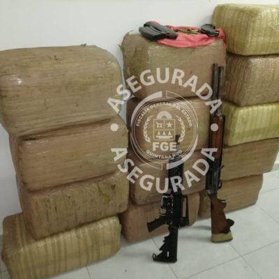 Incauta FGE 130 kilos de marihuana y armas en un poblado cercano a Tulum, pero no hay detenidos