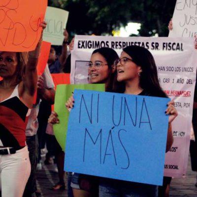 PROTESTAN POR DESAPARECIDOS EN CANCÚN: Reclaman en la Plaza de la Reforma por la joven Cindy Saldívar y otros casos de los que no se sabe nada
