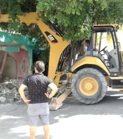 Desalojan a extranjeros que ocuparon de manera ilegal una propiedad en Playa del Carmen
