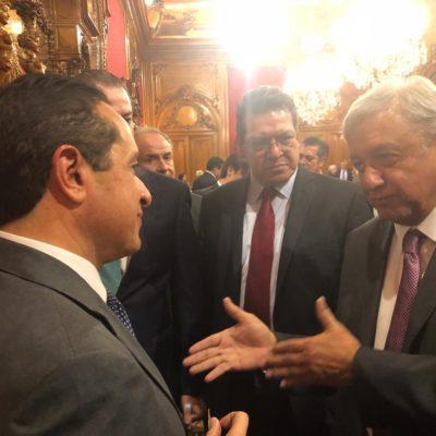 Asiste Carlos Joaquín a una reunión que el presidente Andrés Manuel López Obrador sostuvo con Gobernadores