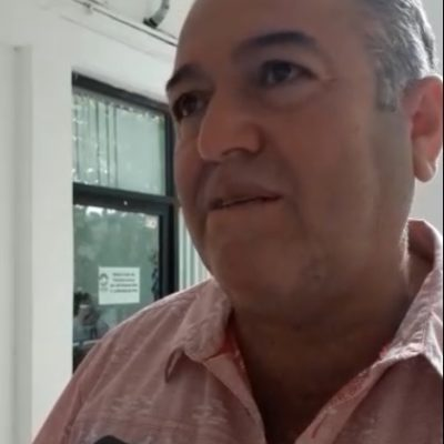 """""""QUEREMOS HACER LAS COSAS BIEN… QUE NO NOS SATANICEN"""": Taxistas no son culpables de inseguridad, dice dirigente en Cancún"""