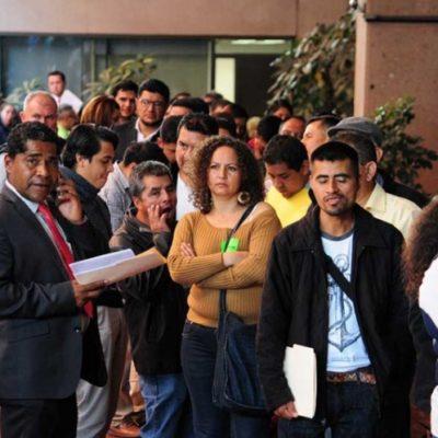 CARTAS A LOS SANTOS REYES: Hacen alcaldes fila por horas en San Lázaro para pedir presupuesto