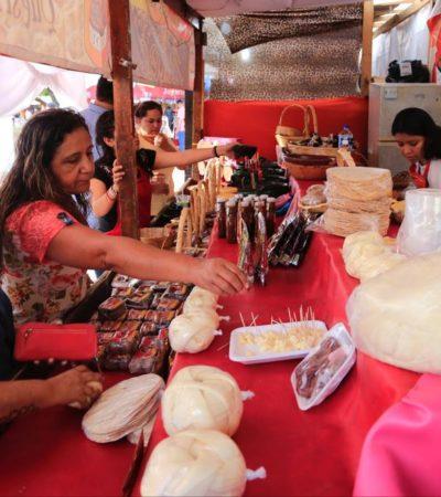 OAXACA AMANECE EN PLAYA DEL CARMEN: Con gran éxito inicia la fiesta Guelaguetza en la explanada 28 de Julio