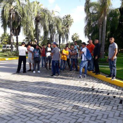 Continúa paro de labores en Hotel Valentín Maya