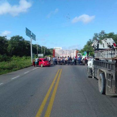 LEVANTAN BLOQUEO CARRETERO: Después de 4 horas y tras intermediación del Gobierno de QR, pobladores aceptan 'mesa de diálogo'