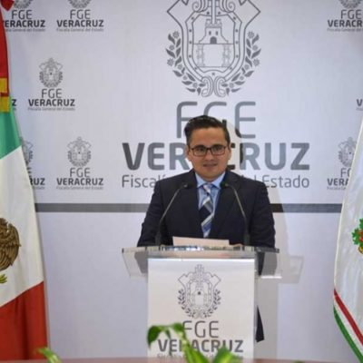 Promueve amparo fiscal de Veracruz para no ser removido por enfrentamiento con el gobernador
